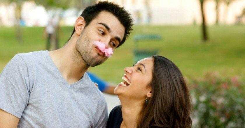 5 formas de agradar a mulher sem parecer bobo