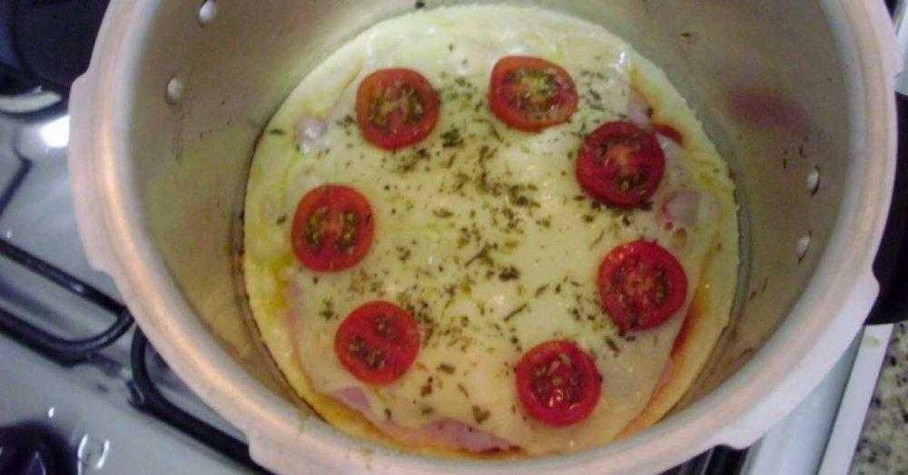 Pizza em panela de pressão