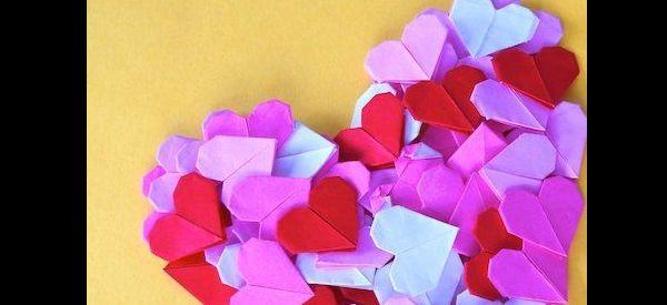 origami de coração coloridos