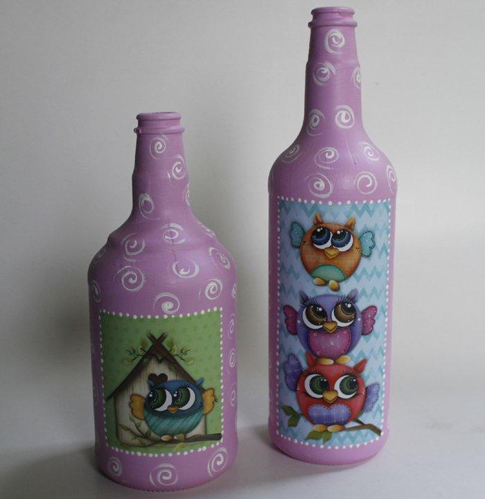garrafa de vidro com coruja