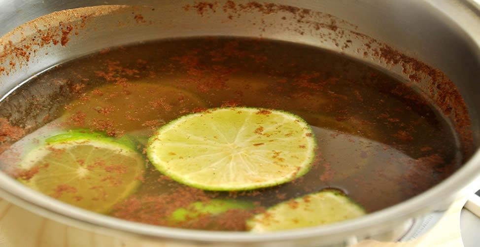 Como Eliminar Mau Cheiro da Cozinha - Limão e Canela