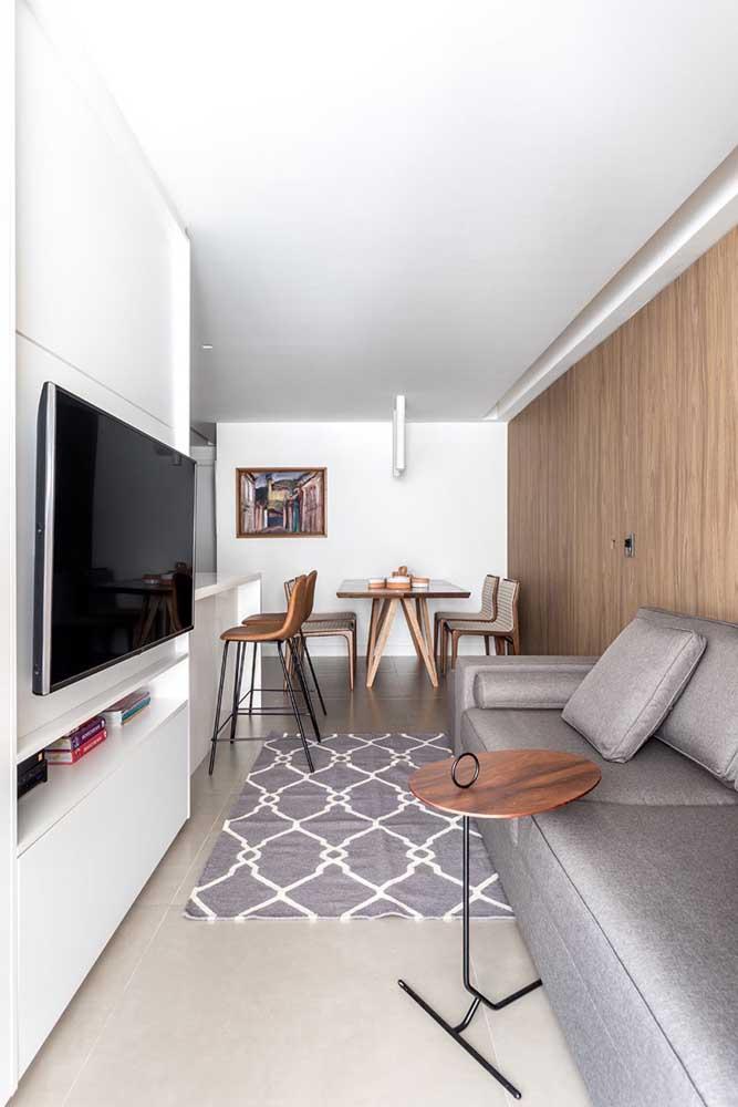Você pode separar um cantinho da casa para fazer a sala de TV.