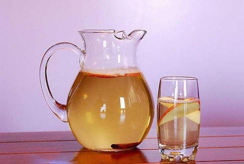 Água de maçã e canela para reduzir peso e cintura