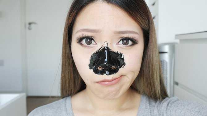 Como fazer máscara de carvão contra cravos