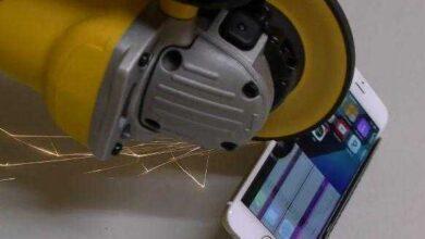 Foto de Homem serra IPHONE ao meio e resultado é INACREDITÁVEL.