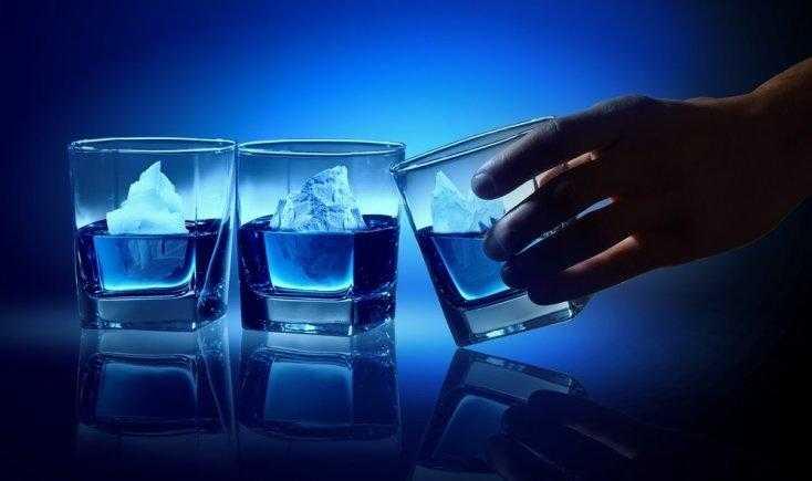 JAMAIS beba água com gelo! Veja o que acontece