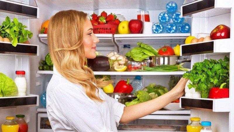 13 Alimentos que não devem ir para geladeira (mas nós guardamos) f