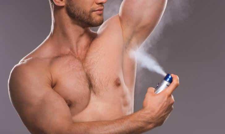 10 Lugares incomuns para passar desodorante