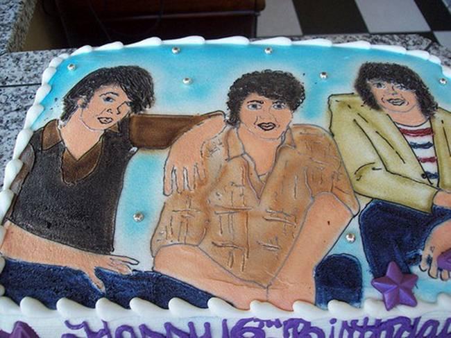 16-21-tentativas-de-fazer-bolos-que-nao-deram-muito-certo