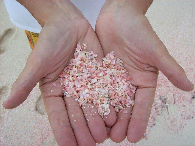 9-15-praias-que-nao-sao-nada-como-as-que-voce-esta-acostumado-ver