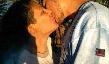 Foto de Mãe e filho lutam na justiça para manter relacionamento amoroso alegando estarem apaixonados