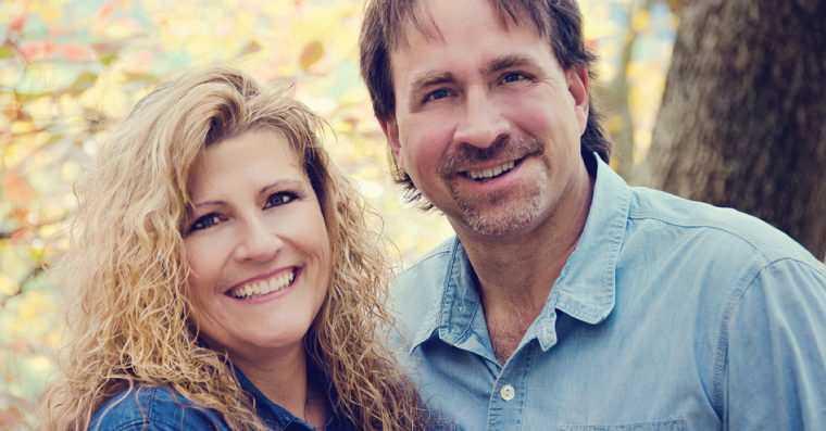 Aos 46 anos, sua mulher lhe confessa que é infiel há 10 anos. O que ele faz a seguir vai quebrar seu coração