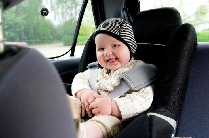 Como viajar de carro com o bebê 1