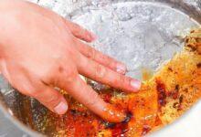 Foto de Como retirar caramelo de uma panela