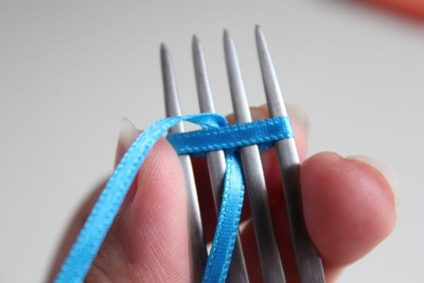 Como fazer laço com fita decorativa