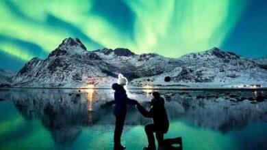 Foto de Fotógrafo pede namorada em casamento sob aurora boreal