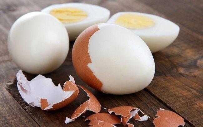 Como cozinhar ovos no micro-ondas