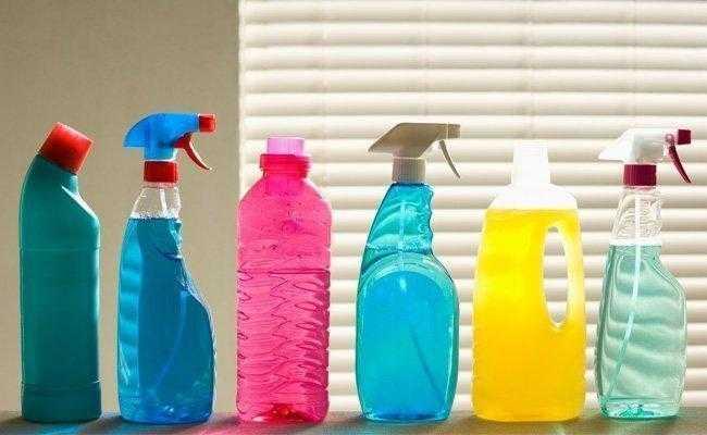 Como fazer produtos de limpeza caseiros