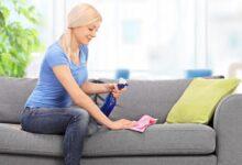 Como tirar mau cheiro do sofá