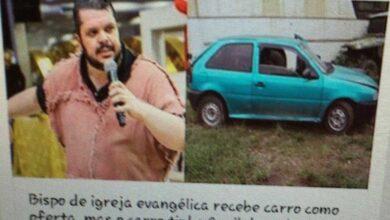 Foto de Bispo de igreja evangélica recebe carro como oferta, mas o carro tinha 9 mil de multa