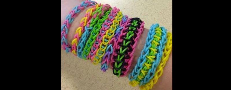 pulseira com elastico colorido