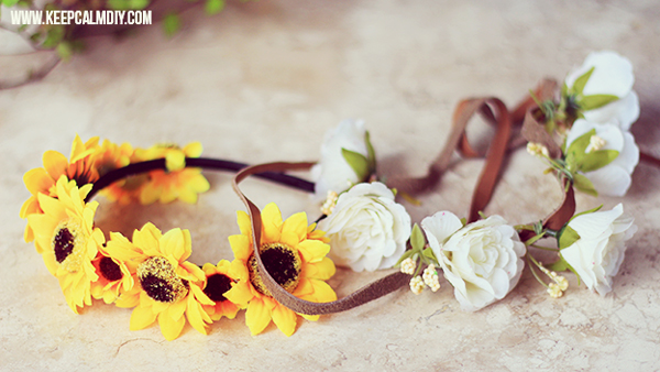 coroa com flores com couro