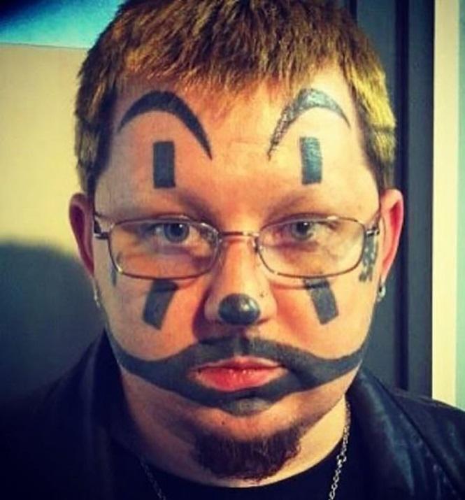 As 18 piores e bizarras tatuagens no rosto