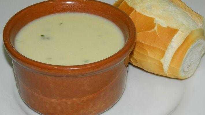 Sopa de Cebola com Batata