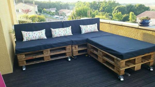 sofa simples