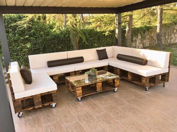 sofa de pallet sofisticado