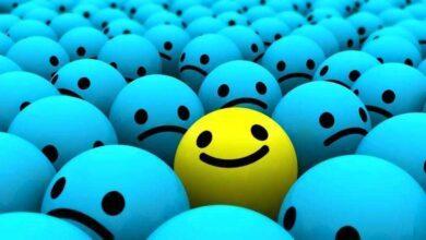 """""""A arte de sorrir cada vez que o mundo diz não."""""""