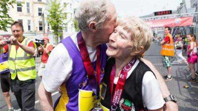 Foto de Esse casal de 80 anos comemorou o aniversário de casamento correndo uma maratona