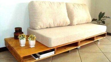 Como fazer um sofá de paletes em casa