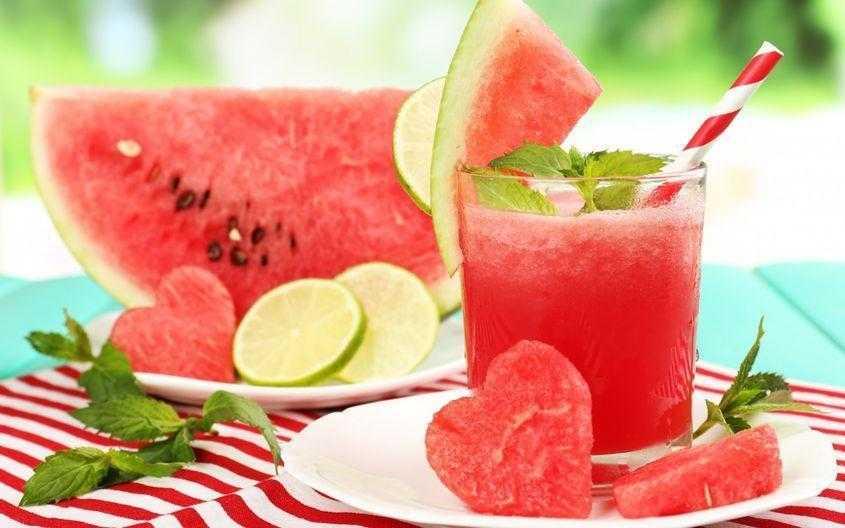 Suco de melancia e limão é a combinação perfeita para emagrecer.