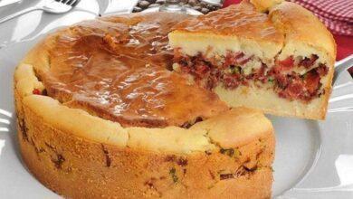 Torta de mandioca com carne seca fff