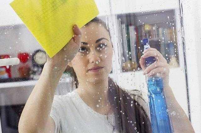 Como limpar os vidros com vinagre