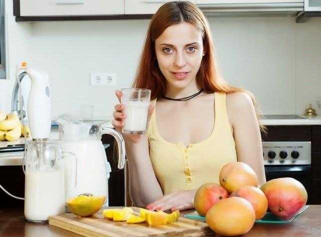 Misturar de manga com leite faz mal para saúde?