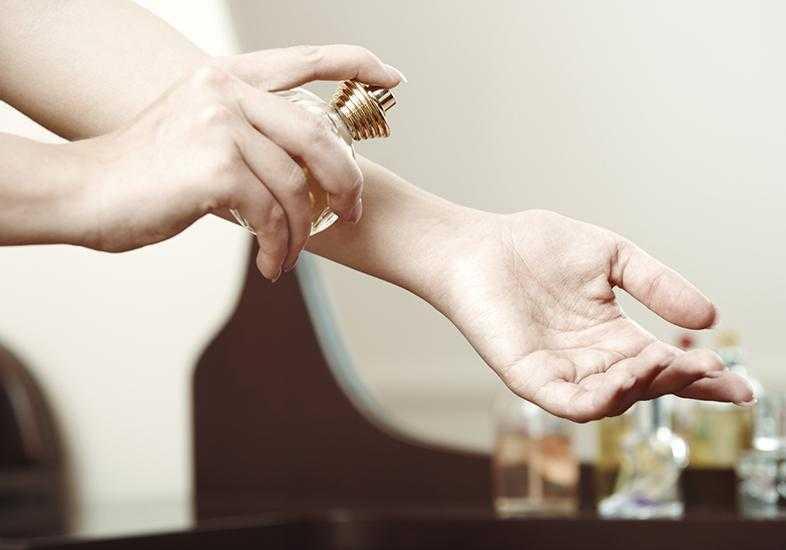 As 4 melhores regiões do corpo para aplicar perfume