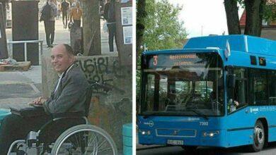 Foto de Passageiros de ônibus se recusam a ceder espaço para cadeirante e motorista dá uma lição