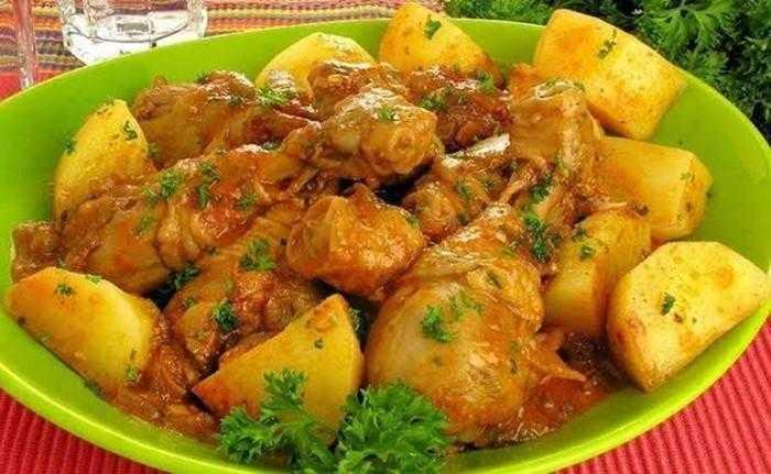 Receita de frango com molho e batata s