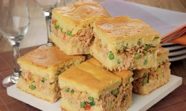 Torta caipira de frango com massa de milho verde: Maravilhosa!