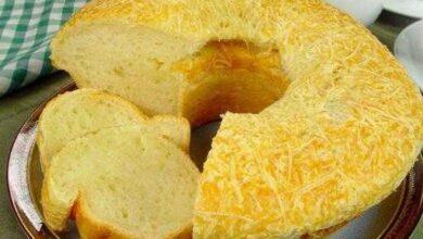 Como fazer o pão de queijo gigante
