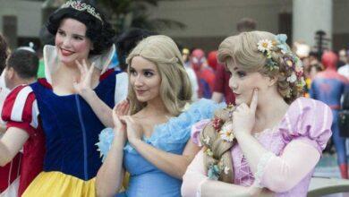 Foto de Mãe busca babá pra trabalhar vestida de princesa e o salário é de R$17 MIL!