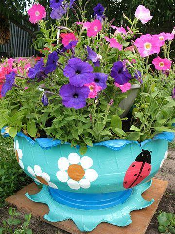 decoracao jardim pneus floreira