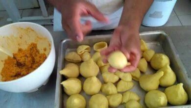 Foto de Massa de coxinha com batata, é fácil de fazer, deliciosa e derrete na boca!