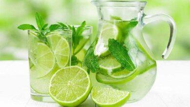 Suco de limão e hortelã