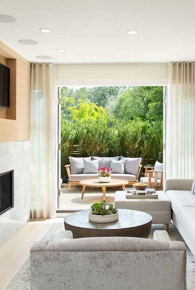 Quem não gostaria de deitar no sofá com uma vista como essa?