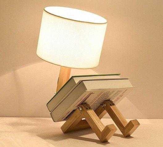 Luminária de mesa para estudo
