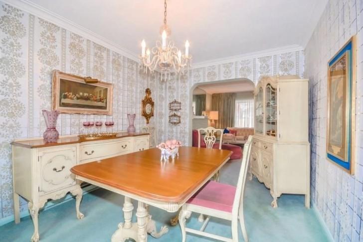 14667 4 - Uma senhora de 96 anos quer vender sua casa. O corretor não acredita no que encontrou dentro