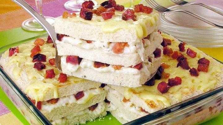 Bolo salgado de palmito com bacon